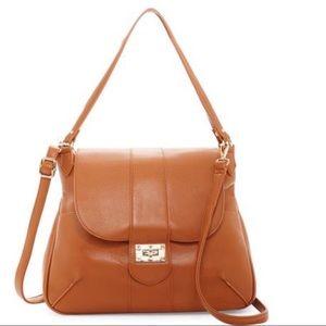 🔥🆕 Tan Classic Shoulder Bag